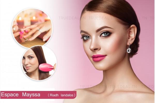 Maquillage soirée + Brushing artistique + 2 poses vernis